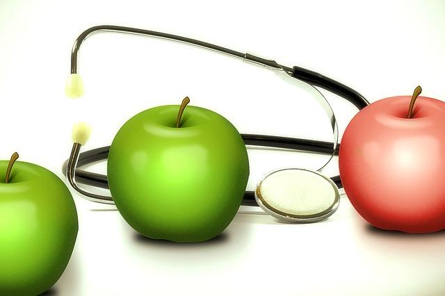 jabłka i stetoskop